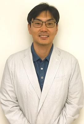 Dr. Simon Kim, Acupuncturist